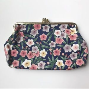 Vintage Floral Clutch/Cosmetic Bag
